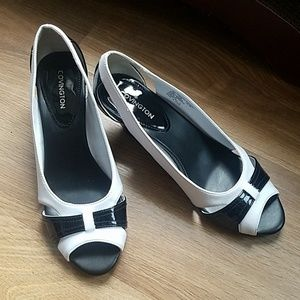 Vintage Back and White Kitten Heel Peep Toe Pumps